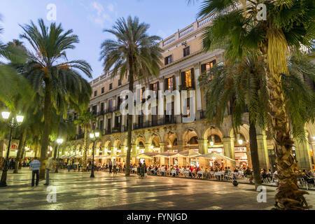 Placa Reial, Piazza Real, Plaza Reial, Royal Plaza, Restaurants, Barri Gotic, Barcelona, Katalonien, Spanien - Stockfoto