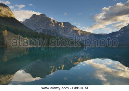 Sonnenaufgang am Emerald Lake, Yoho-Nationalpark Britisch-Kolumbien - Stockfoto