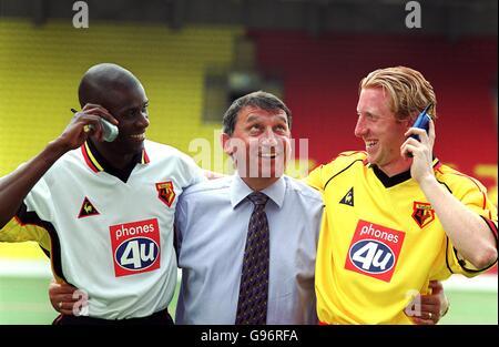 Fußball - FA Carling Premiership - Watford Unterzeichnung und Sponsor-Start - Stockfoto