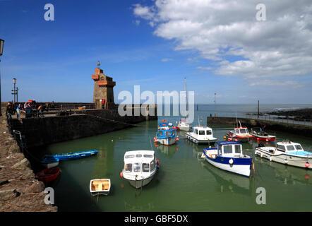 Rheinischen Turm und Hafen von Lynmouth, Devon. - Stockfoto