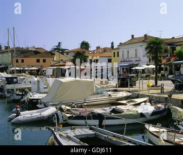 Geographie / Reisen, Kroatien, Novigrad, Hafen, Hafen mit Booten, - Stockfoto