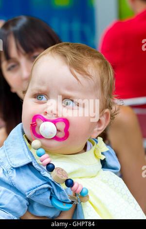 Mutter mit kleinen Mädchen - Stockfoto