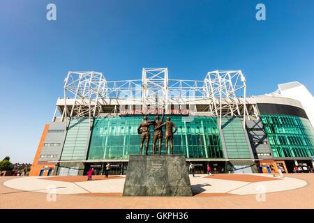 Das Stadion Old Trafford ist Heimat von Manchester United, eines der reichsten und am meisten verbreitete Fußball - Stockfoto