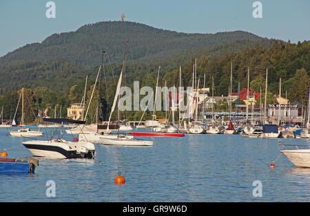 Bucht von Velden am Wörthersee In Kärnten - Stockfoto