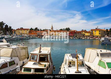 Novigrad, alte istrische Stadt in Kroatien - Stockfoto