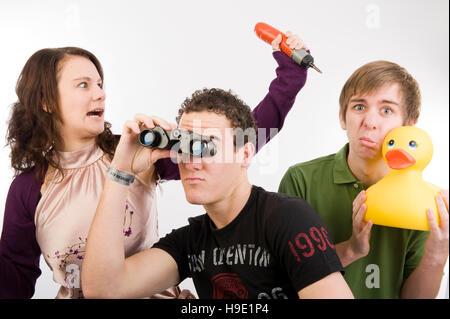 Drei Jugendliche posiert funniliy - Stockfoto