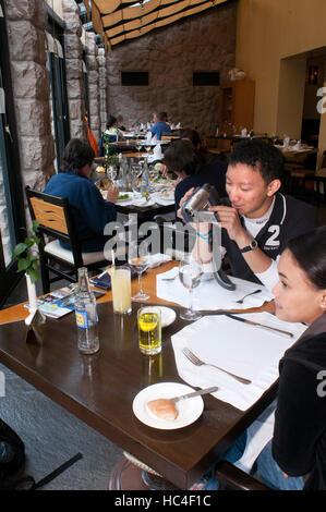 Belmond Sanctuary Lodge - Hotel in Machu Picchu in Peru. Im Sanctuary Lodge genießen Tampu Restaurant genießen Sie - Stockfoto