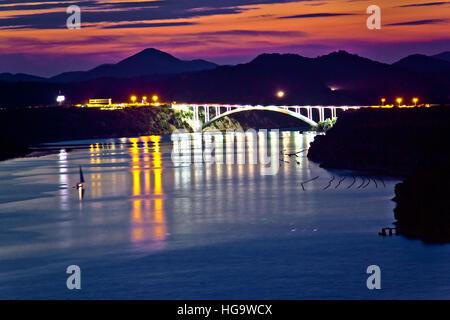 Sibenik Bucht Brücke Abenddämmerung Blick, Dalmatien, Kroatien - Stockfoto