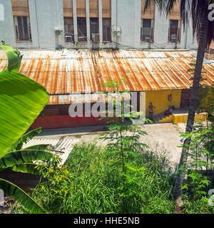 Fabrik Exterieur in Havanna Kuba - Stockfoto