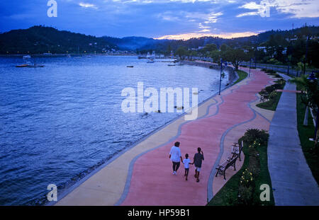 Malecon, Samana Bay, Peninsula de Samana, Dominikanische Republik - Stockfoto