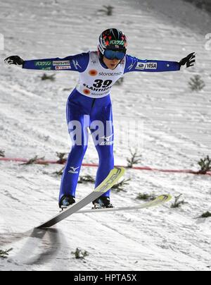 Lahti, Finnland. 24. Februar 2017. Japanische Sportler Yuki Ito ist einen Sprung bei den Nordischen Weltmeisterschaften - Stockfoto