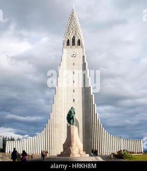 Hallgrimskirkja lutherische Kirche in Reykjavik Island - Stockfoto