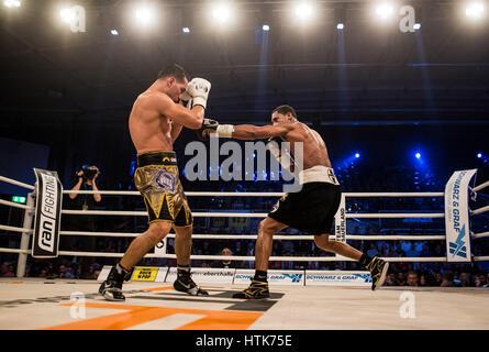 Ludwigshafen, Deutschland. 11. März 2017. Jack Culcay (Deutschland, l) und Demetrius Andrade (USA) die WBA halbe - Stockfoto