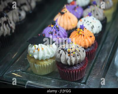 Nahaufnahme der ausgefallene Halloween cupcakes - Stockfoto