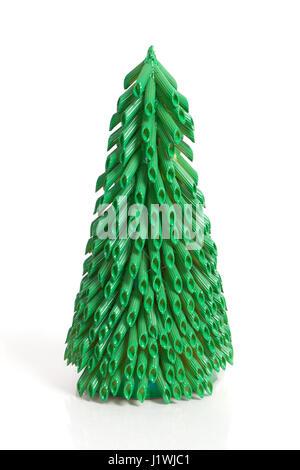 Handgefertigte Neujahrsfeier von Pasta isoliert auf weißem Hintergrund - Stockfoto