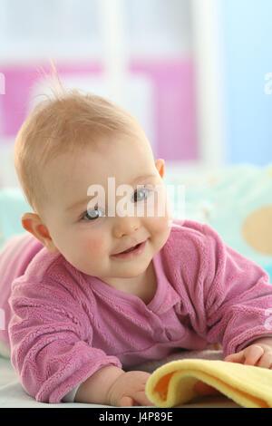 Baby, 5 Monate, Porträt, Modell veröffentlicht, Menschen, Kind, Kleinkind, Kind Portrait, Baby Portrait, fügen Sie - Stockfoto