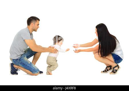 Nettes Lächeln auf den Lippen Babymädchen laufen lernen - Stockfoto