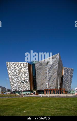 Das Titanic Erfahrung, Belfast, Nordirland, der weltweit führende touristische Attraktion. - Stockfoto