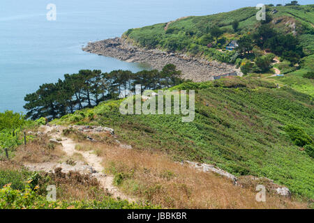 idyllische Küstenlandschaft rund um Trebeurden in Bretagne, Frankreich - Stockfoto