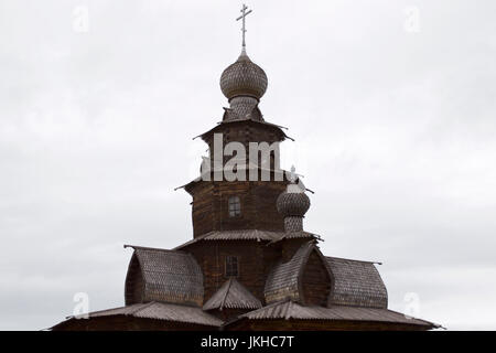 Alte orthodoxe Kirche, Susdal, Holzarchitektur, russische Kultur - Stockfoto