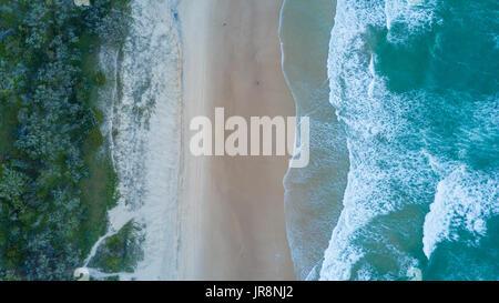 Drohne-Foto von der Küste von Noosa Heads, Queensland Australien - Stockfoto