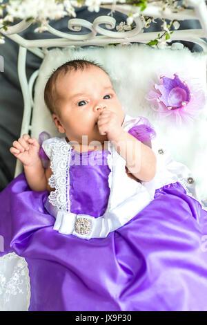 Neugeborenes Baby Mädchen Prinzessin - Stockfoto