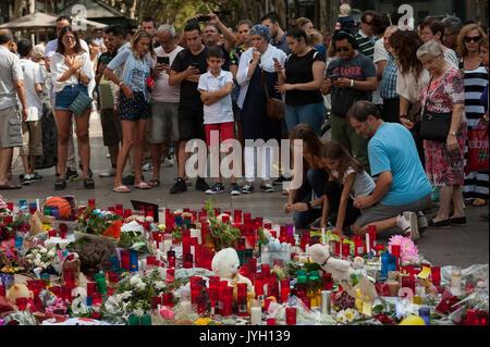 Barcelona, Katalonien, Spanien. 19 Aug, 2017. Tribute zum Opfer von Barcelona angreifen. Credit: Charlie Perez/Alamy - Stockfoto