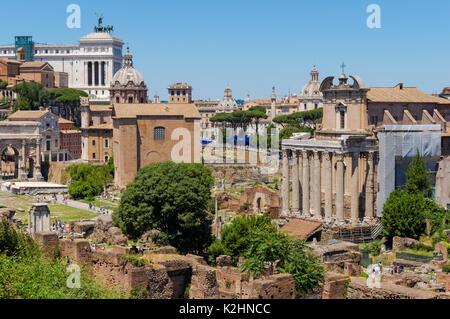 Das Forum Romanum, Rom, Italien - Stockfoto