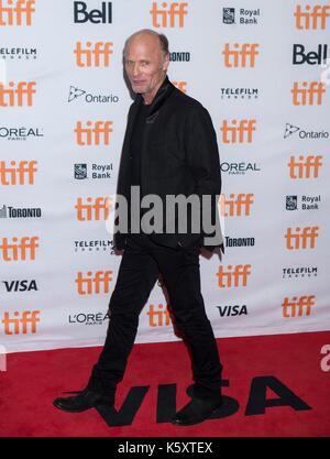 Toronto, Kanada. 10 Sep, 2017. Schauspieler Ed Harris stellt für Fotografien in der Amerikanischen Premiere des - Stockfoto