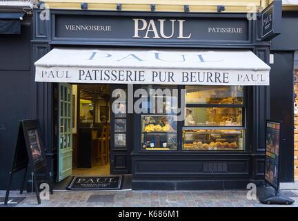 PAUL Bäckerei und Café in der Rue Meynadier, Cannes, Frankreich - Stockfoto