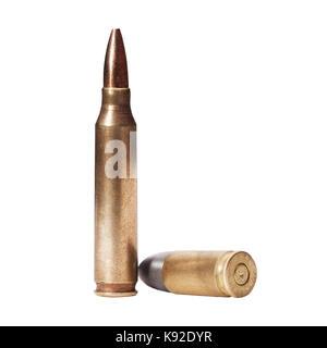 5,56 x 45 mm NATO intermediate Patronen isoliert auf Weiss. - Stockfoto