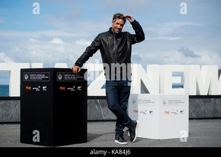 "San Sebastian, Spanien. 25 Sep, 2017. Darsteller Unax Ugalde am fotoshooting der ""Operacion Concha' während der - Stockfoto"