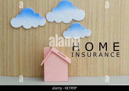 Spielzeug und Spielzeug cloud mit Wörter home Versicherung. Konzept der Versicherungen, Prävention, Schutz, Investitions - Stockfoto