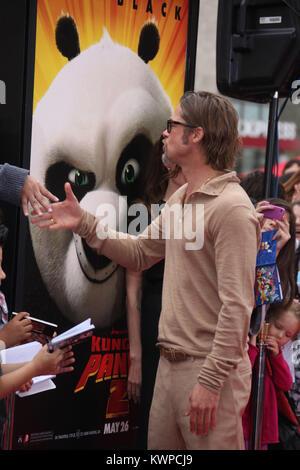 HOLLYWOOD, CA - 22. Mai: Brad Pitt_Angelina Jolie auf der Los Angeles Premiere von DreamWorks Animation 'Kung Fu - Stockfoto
