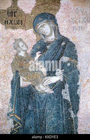 Byzantinisches Mosaik der Jungfrau Maria und Kind oder Kleinkind Jesus, (1315-1321) in das Kirchenschiff der byzantinischen - Stockfoto
