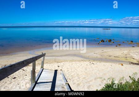Ruhigen malerischen Blick auf das idyllische Küstenlinie bei friedlichen Dunsborough in Geographe Bay South Western - Stockfoto