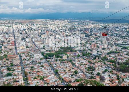 Argentinien, Provinz Salta, Salta, San Bernardo Hill Seilbahn - Stockfoto