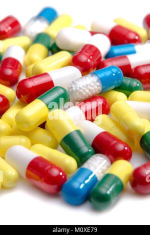 Eine Sammlung von Pillen und Tabletten - Stockfoto