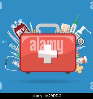 Erste Hilfe Kit mit Medikamenten - Stockfoto