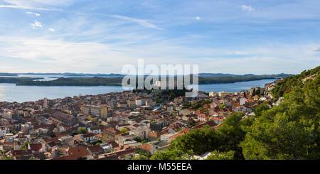 Blick auf St. Michael's Festung und Sibenik, Kroatien - Stockfoto