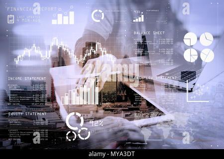 Finanzbericht Daten der Business Operations (Bilanz und Gewinn- und Verlustrechnung und Diagramm) als Fintech Konzept. Double Exposure von zwei Kollegen web - Stockfoto