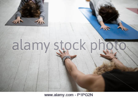 Frauen yoga Kind - Stockfoto