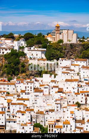 Weißen Dorf Casares. Costa del Sol, Málaga Provinz. Andalusien, Süd Spanien Europa - Stockfoto