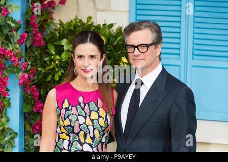 London, Großbritannien. 16. Juli 2018. Colin Firth und Livia Firth teilnehmen Mamma Mia! Hier gehen wir wieder - Weltpremiere. London, Großbritannien. 16/07/2018 | Verwendung der weltweiten Kredit: dpa Picture alliance/Alamy leben Nachrichten - Stockfoto