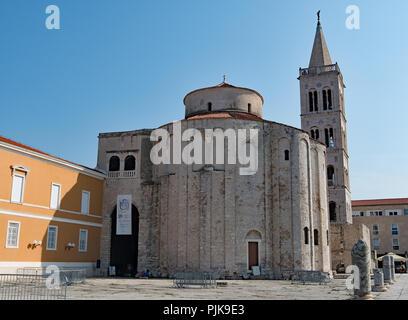Die Kirche des hl. Donatus im nord-östlichen Teil des Forum Romanum, in Zadar, Kroatien zu erfassen. - Stockfoto