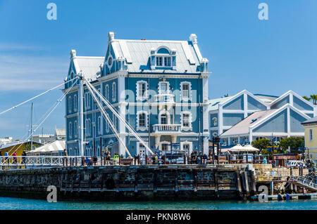 Einen alten blauen Trading Station im Hafen von Kapstadt, Südafrika - Stockfoto