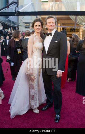 Colin Firth, Oscar-nominiert für die Leistung durch einen Schauspieler in einer Hauptrolle, kommt mit Livia Giuggioli für die 83. jährlichen Academy Awards im Kodak Theater in Hollywood, CA Februar 27., 2011. Datei Referenz # 30871_196 Nur für den redaktionellen Gebrauch - Alle Rechte vorbehalten - Stockfoto