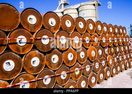 Chemische Müllhalde, Syrakus, Sizilien, Italien, Europa. - Stockfoto