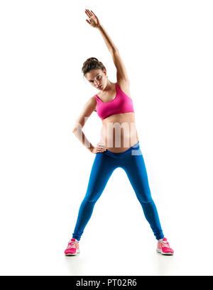 Schöne schwangere Frau Aufwärmen, Fitness Übung auf der letzten Monate der Schwangerschaft auf weißem Hintergrund. Konzept des gesunden Lebens - Stockfoto