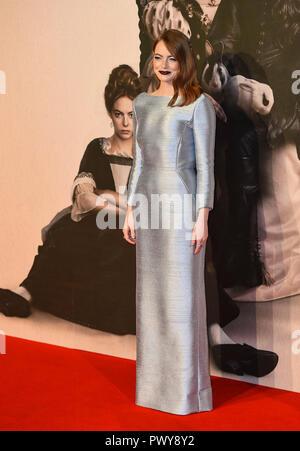"""London, Großbritannien. 18. Oktober, 2018. Emma Stone besucht die UK-Premiere von """"Der Favorit"""" & American Express Gala am 62. BFI London Film Festival am 18. Oktober in London, England 2018. Credit: Gary Mitchell, GMP-Media/Alamy leben Nachrichten - Stockfoto"""